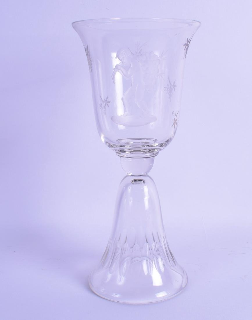 AN EARLY 20TH CENTURY CONTINENTAL GLASS VASE etched