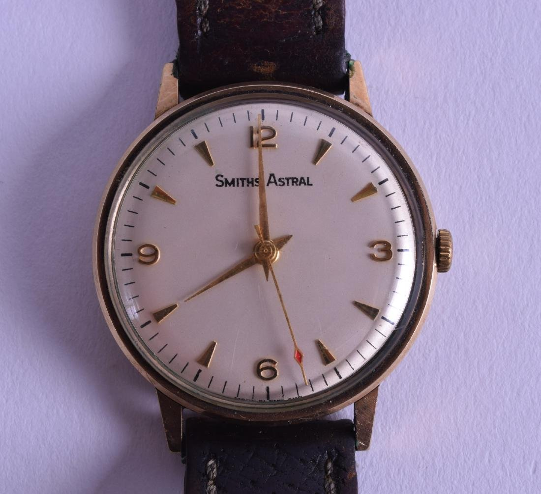 A VINTAGE 9CT GOLD GENTLEMANS SMITHS ASTRAL WRISTWATCH