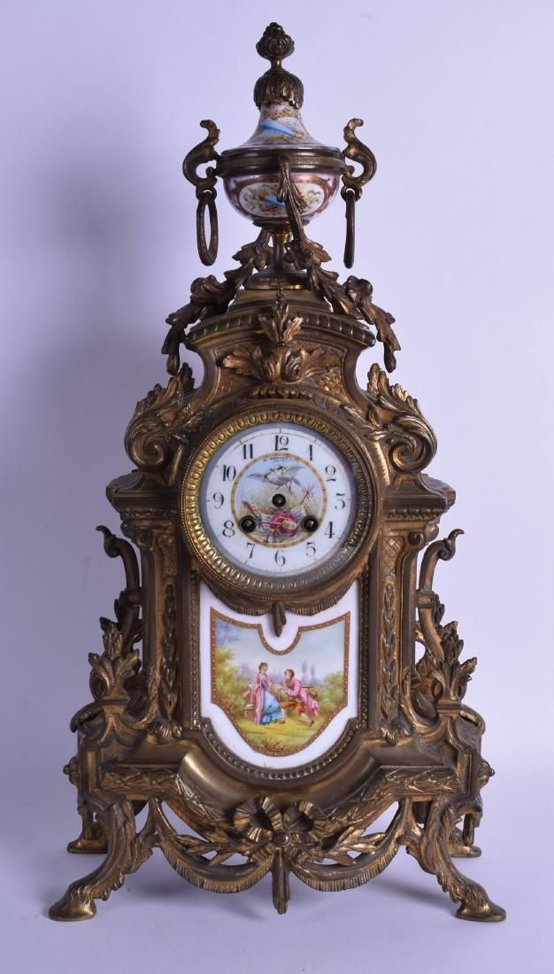 A LARGE LATE 19TH CENTURY FRENCH BRONZE MANTEL CLOCK