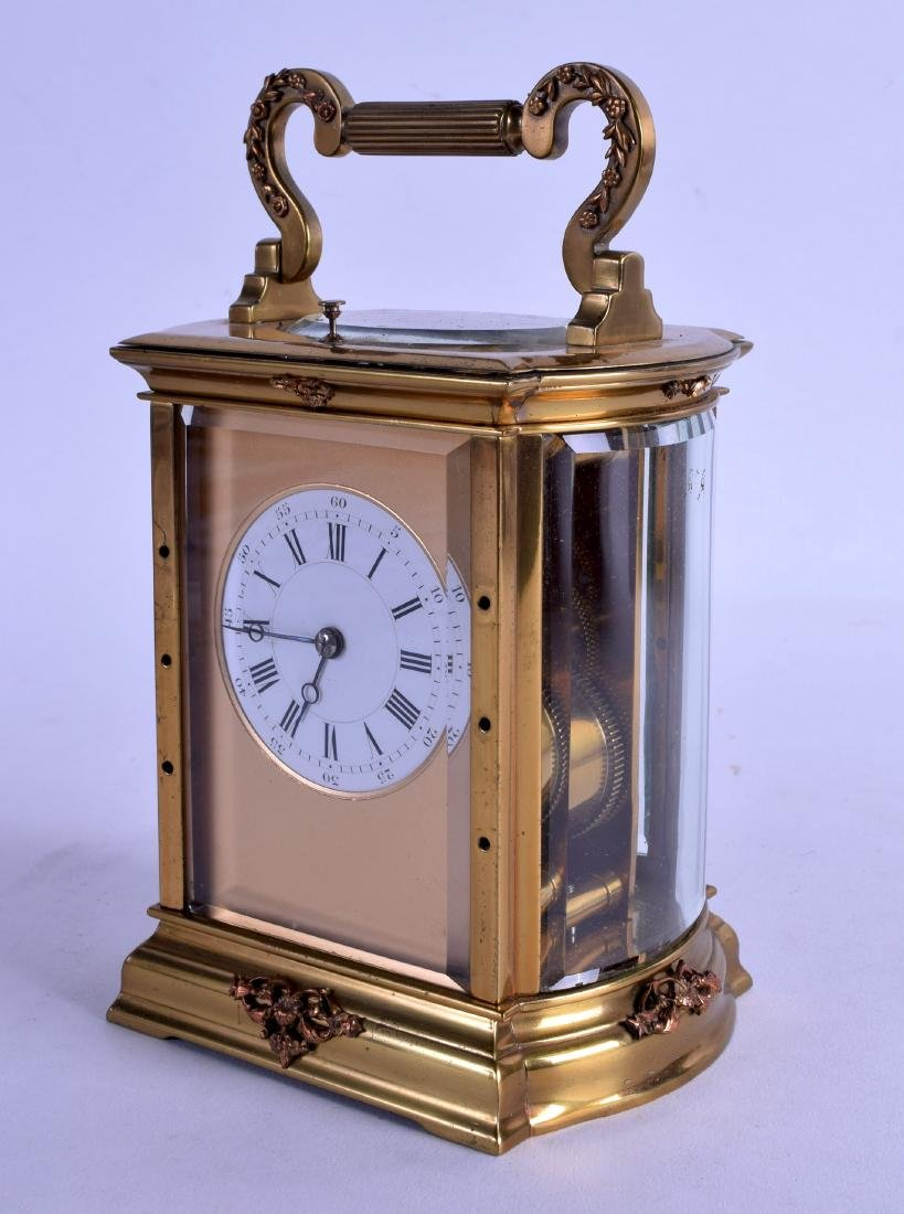 A 19TH CENTURY FRENCH BRASS REPEATING CARRIAGE CLOCK