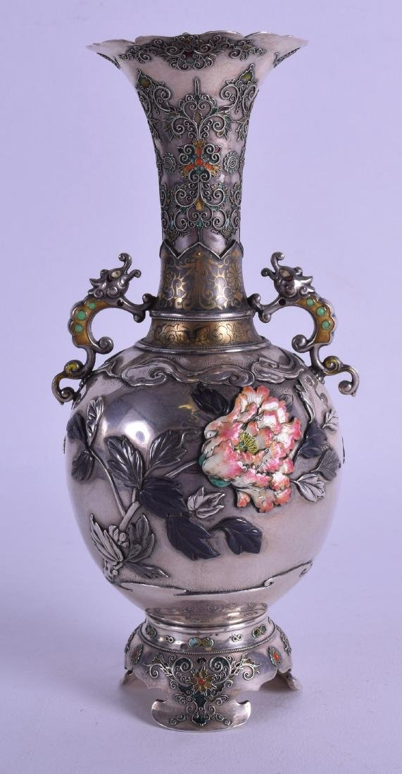 A FINE 19TH CENTURY JAPANESE MEIJI PERIOD SILVER AND