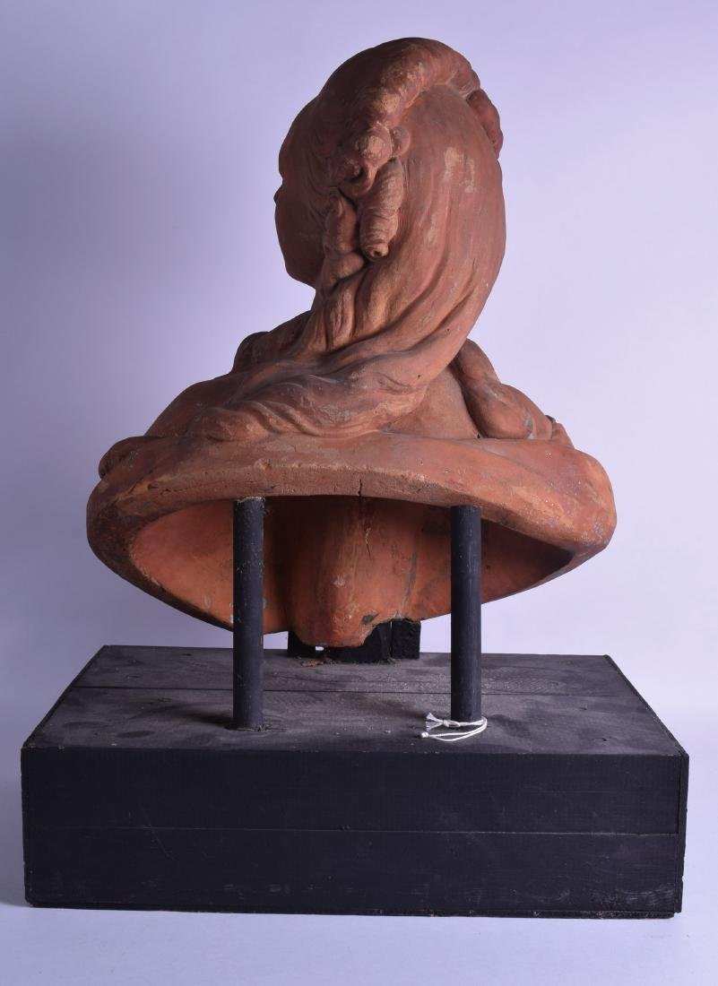 A FINE 18TH/19TH CENTURY FRENCH TERRACOTTA BUST OF - 2
