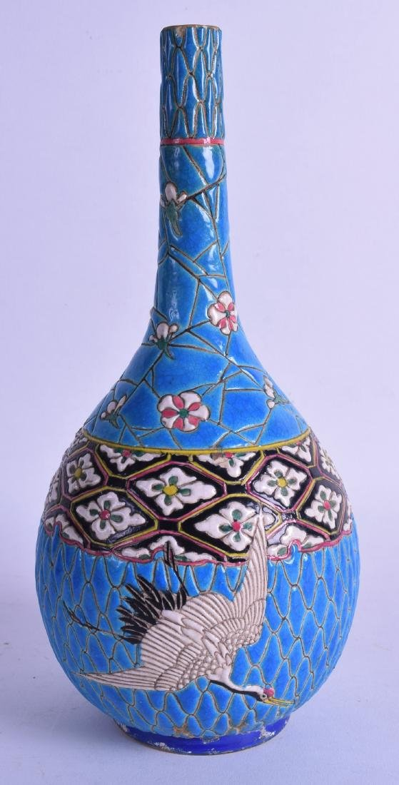 A LATE 19TH CENTURY JAPANESE MEIJI PERIOD BULBOUS VASE - 2