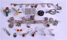 A COLLECTION OF ASSORTED JEWELLERY including silver,