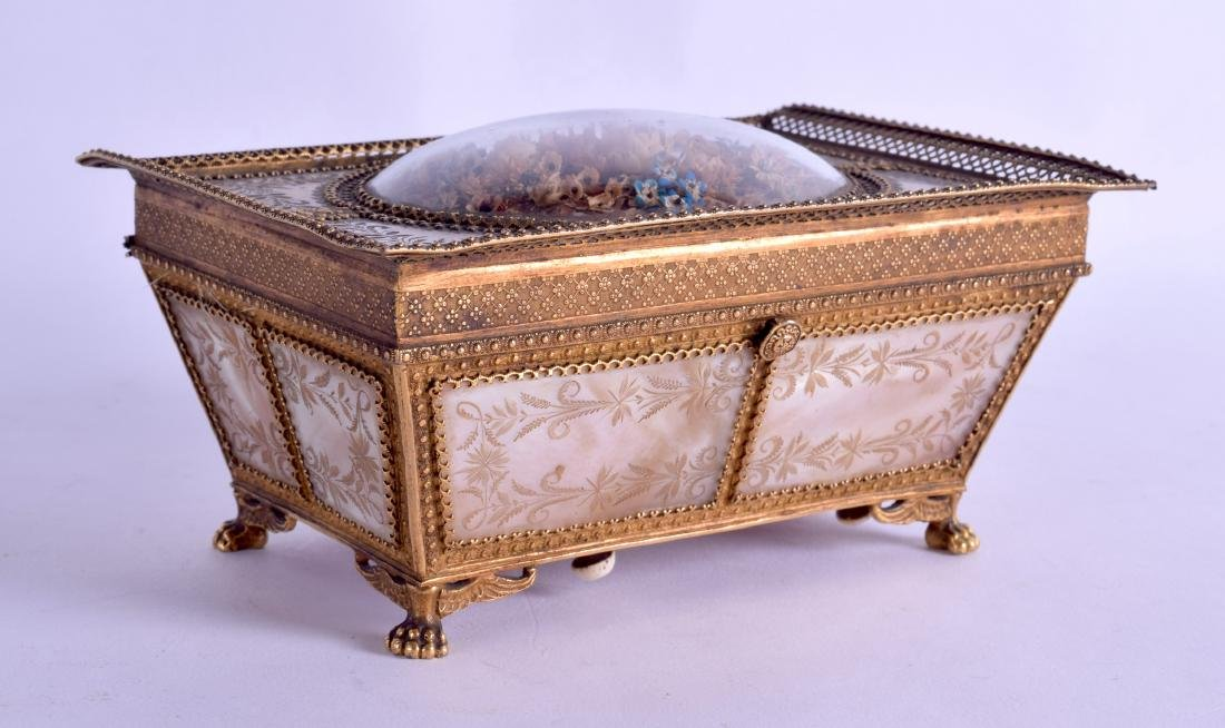 A FINE MID 19TH CENTURY FRENCH PALAIS ROYAL MOTHER OF