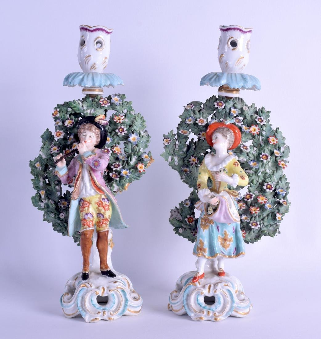 A PAIR OF 19TH CENTURY SAMSONS OF PARIS CANDLESTICK in