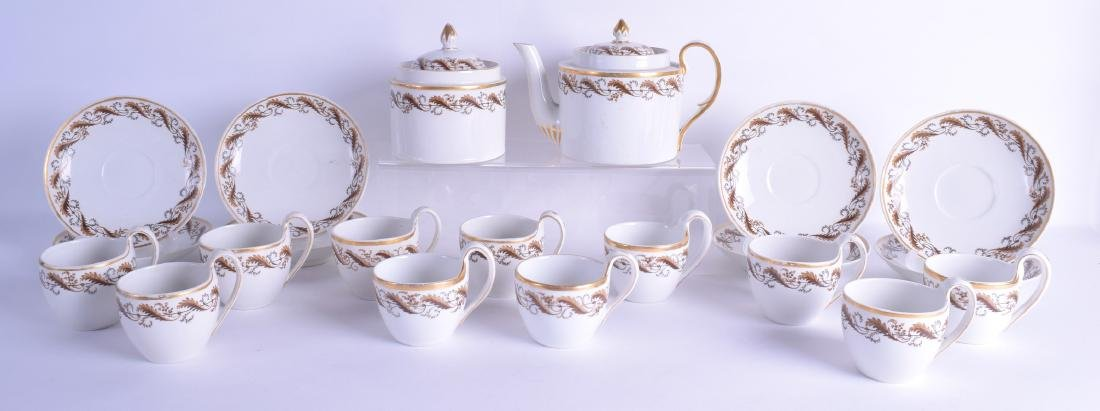 AN EARLY 19TH CENTURY FRENCH PORCELAIN TEA SERVICE