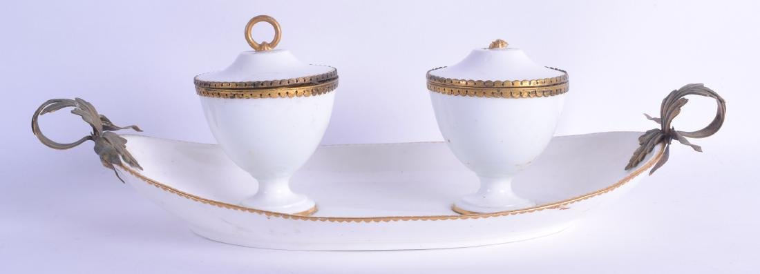 AN 18TH/19TH CENTURY FRENCH SEVRES PORCELAIN TWIN