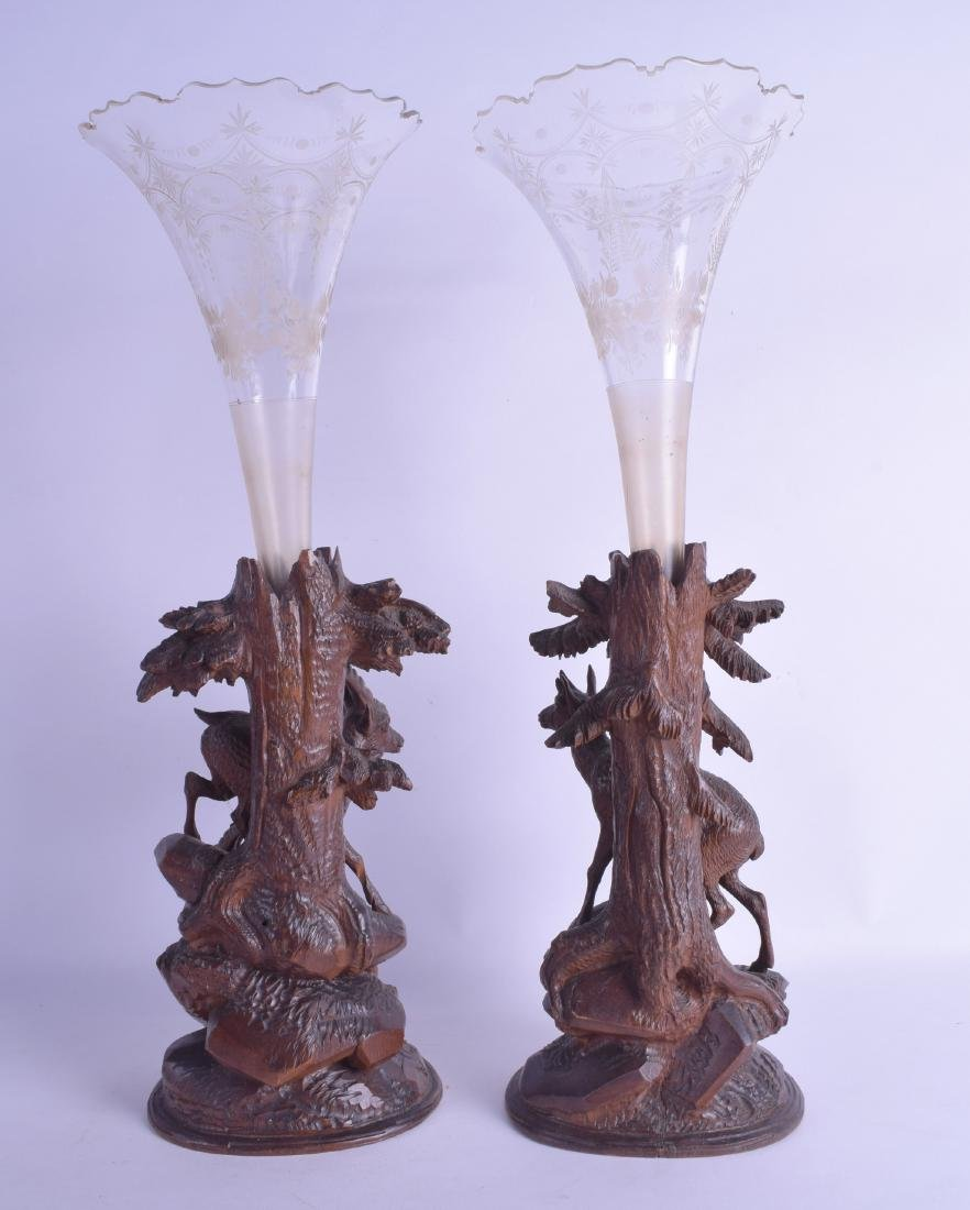 A PAIR OF 19TH CENTURY BAVARIAN BLACK FOREST SPILL - 2