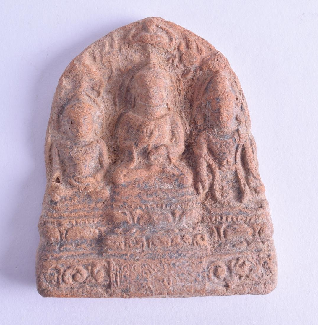 AN UNUSUAL INDIAN TERRACOTTA POTTERY BUDDHISTIC PLAQUE.