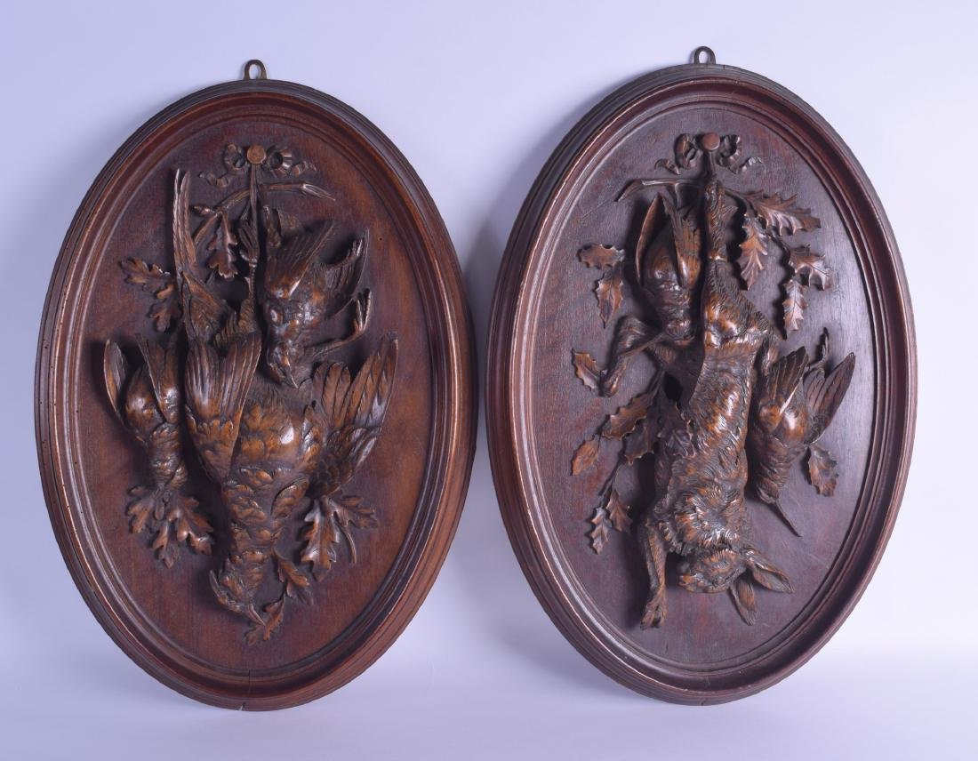 A GOOD LARGE PAIR OF 19TH CENTURY BAVARIAN BLACK FOREST