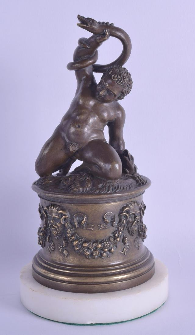 A GOOD 19TH CENTURY ITALIAN GRAND TOUR BRONZE JAR AND