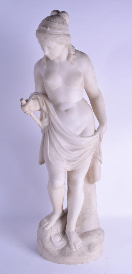 A FINE LARGE 19TH CENTURY EUROPEAN CARVED WHITE MARBLE