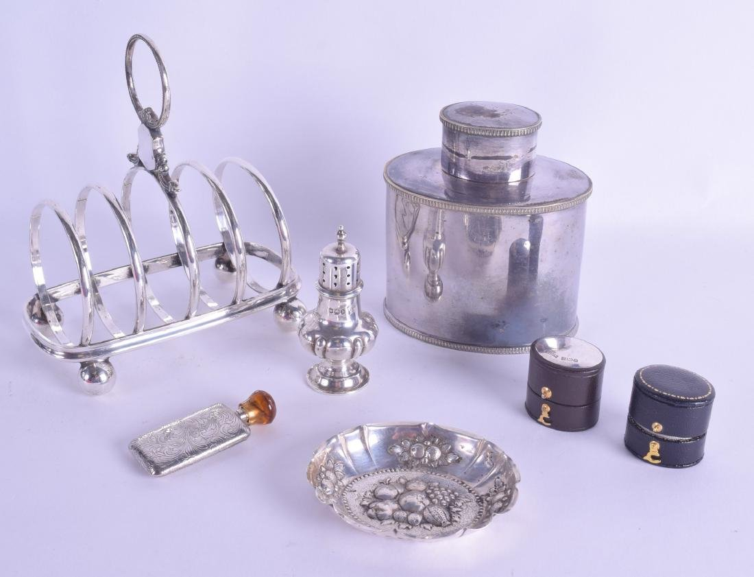 A SMALL CONTINENTAL SILVER DISH together with a silver