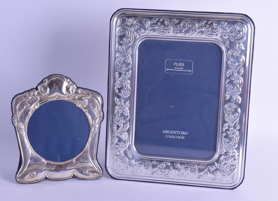 AN ART NOUVEAU STYLE SILVER PHOTOGRAPH FRAME together