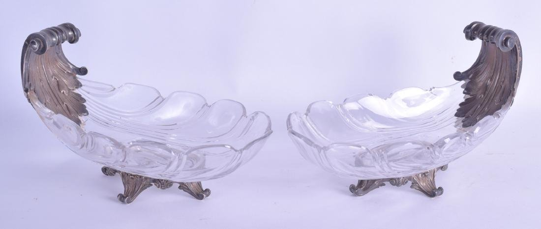 A FINE PAIR OF EARLY 19TH CENTURY FRENCH SILVER AND