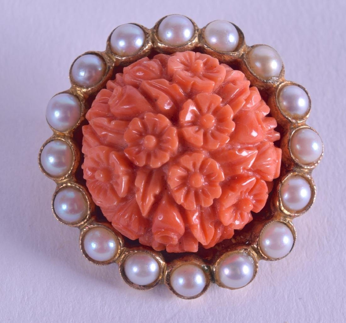 A LATE VICTORIAN 9CT GOLD CORAL AND PEARL BROOCH. 2.25