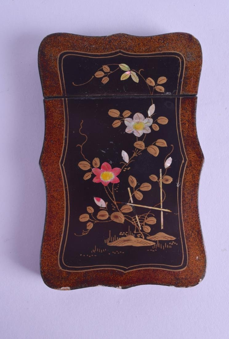 A LATE 19TH CENTURY JAPANESE MEIJI PERIOD LACQUERED
