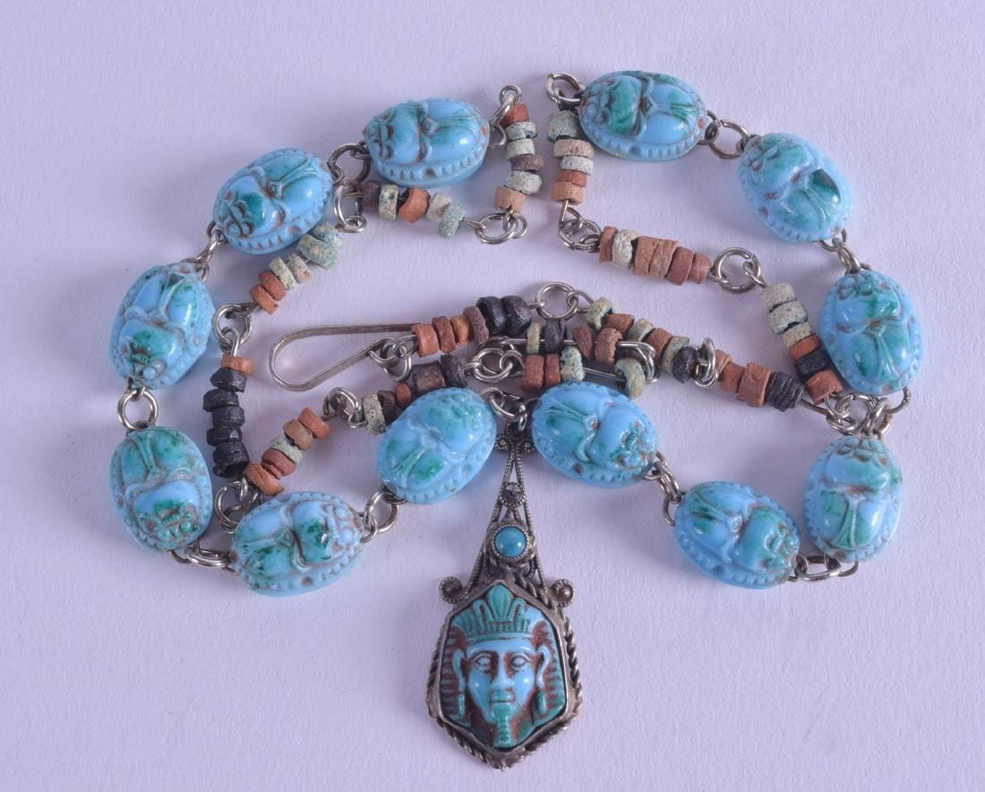 A 1920S EGYPTIAN REVIVAL SCARAB NECKLACE.