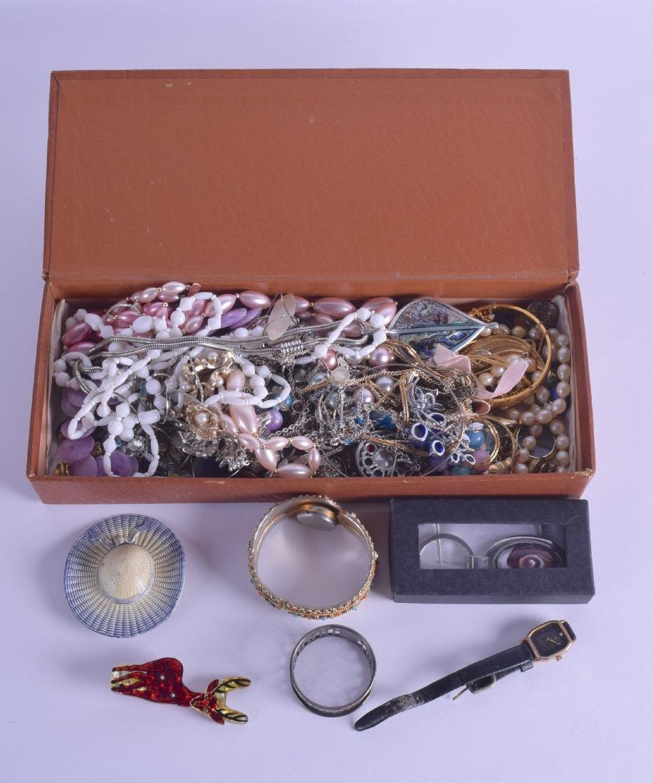 A COLLECTION OF COSTUME JEWELLERY including a coral set