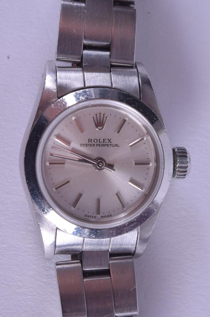 A LADIES ROLEX OYSTER PERPETUAL WRISTWATCH with