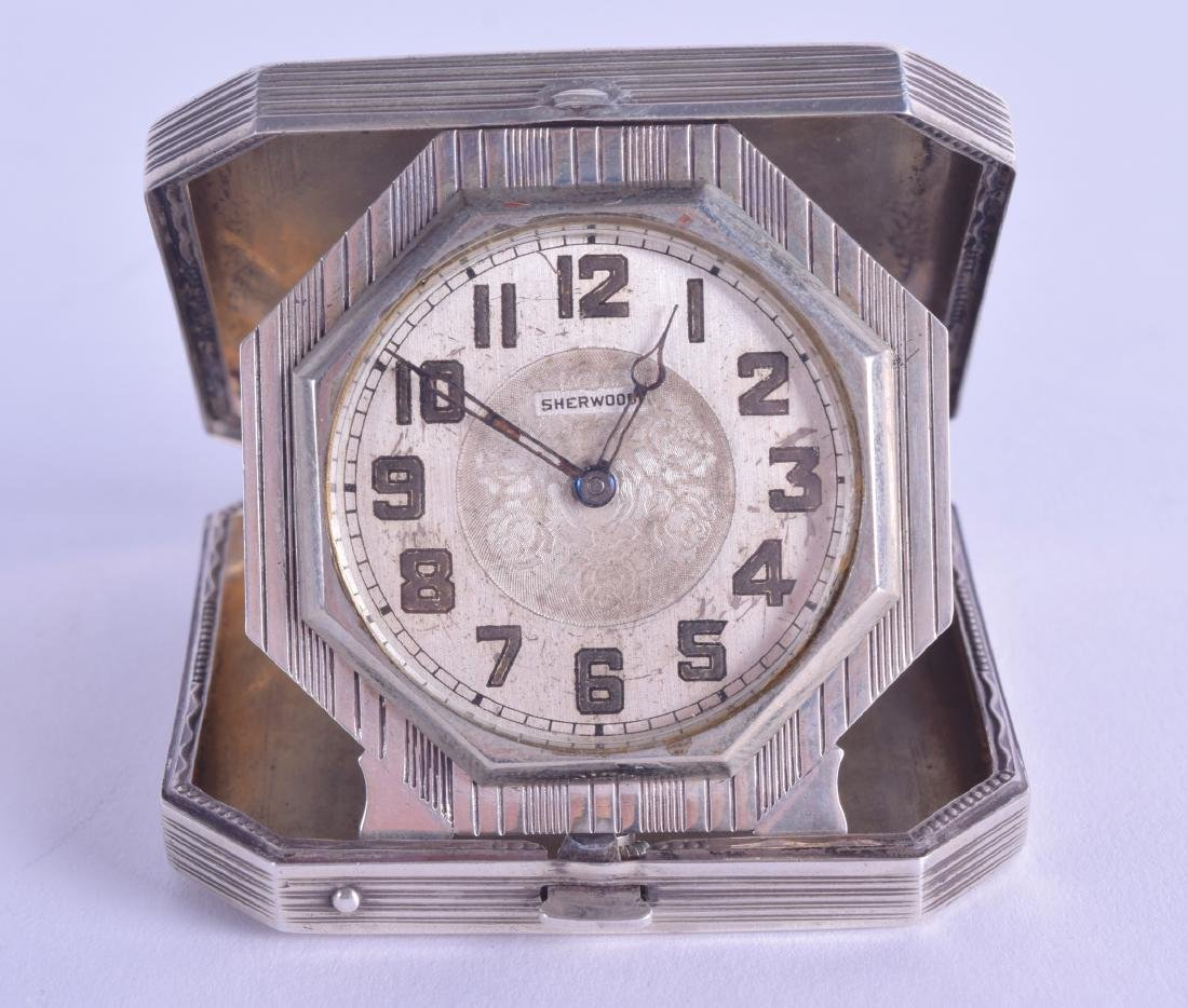 A 1930S AMERICAN ELGIN & CO SILVER TRAVELLING CLOCK