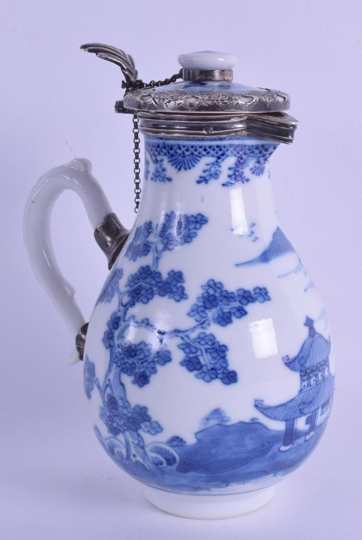 AN 18TH CENTURY CHINESE EXPORT SPARROW BEAK JUG AND