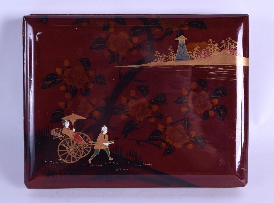 AN EARLY 20TH CENTURY JAPANESE MEIJI PERIOD LACQUERED