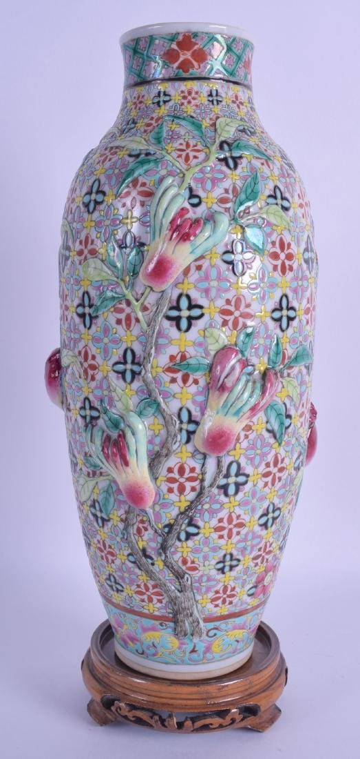 A RARE EARLY 20TH CENTURY CHINESE FAMILLE ROSE VASE