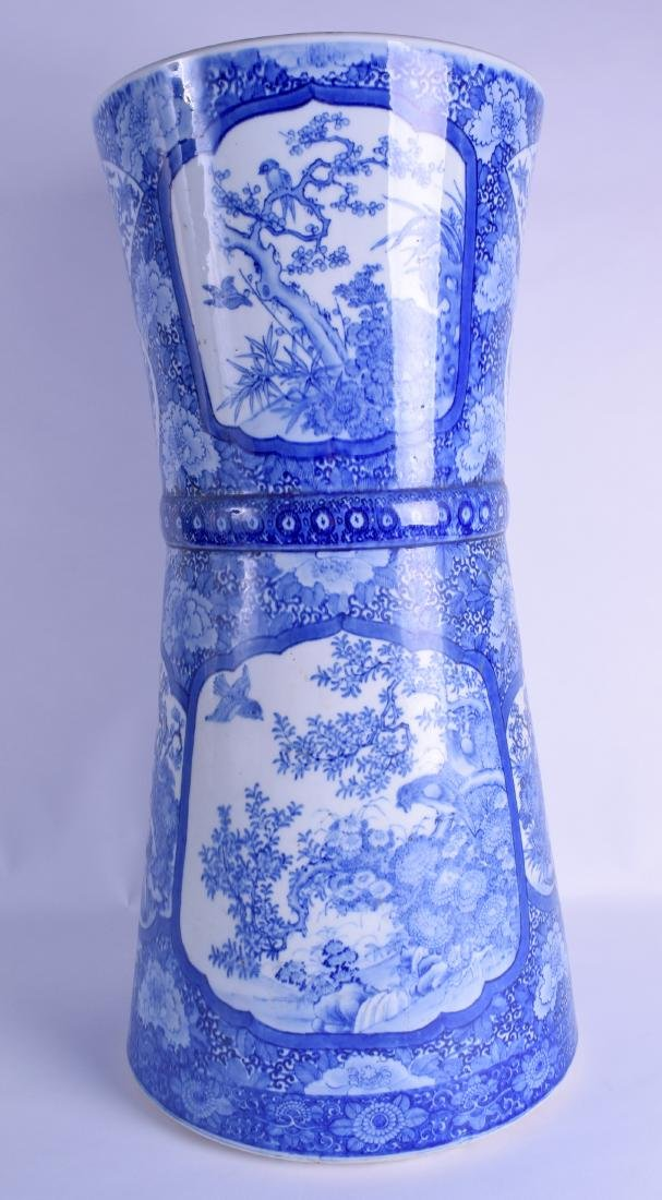 A LARGE 19TH CENTURY JAPANESE BLUE AND WHITE STICK