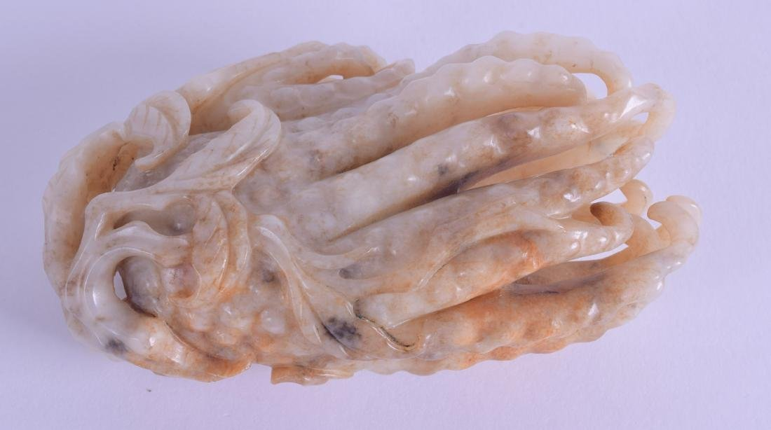 A GOOD CHINESE QING DYNASTY CARVED MUTTON JADE FINGER - 3
