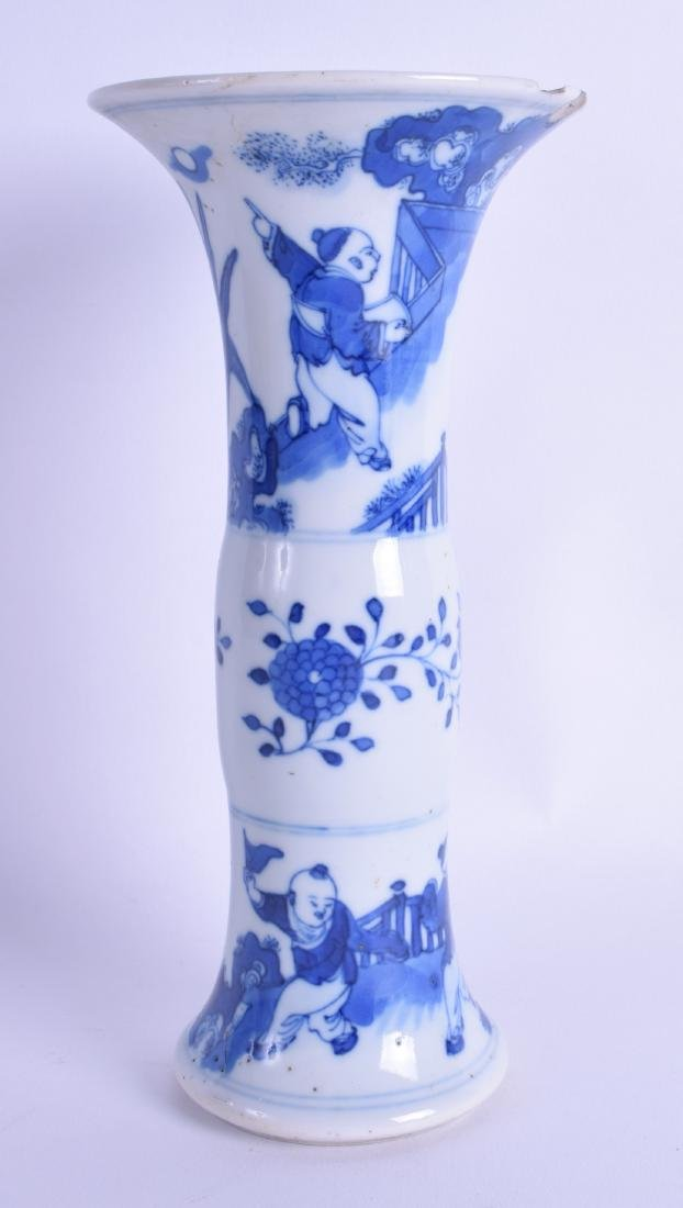 A 17TH CENTURY CHINESE BLUE AND WHITE GU SHAPED VASE