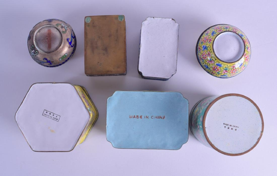 TWO EARLY 20TH CENTURY CHINESE SILVER AND ENAMEL BOXES - 3