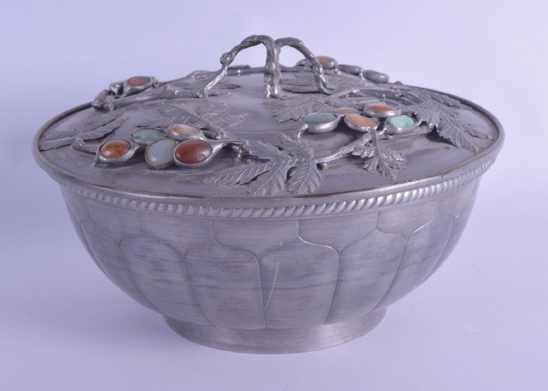 A LARGE EARLY 20TH CENTURY CHINESE PEWTER HARDSTONE