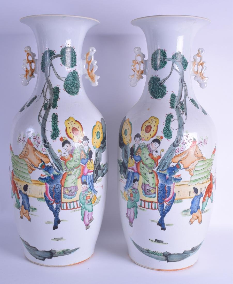 A LARGE PAIR OF CHINESE TWIN HANDLED PORCELAIN VASES