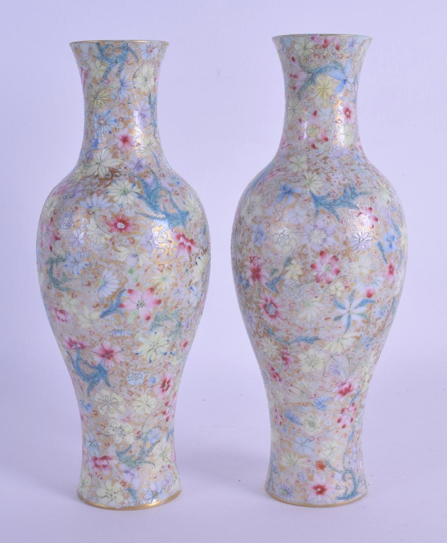 A PAIR OF EARLY 20TH CENTURY CHINESE BALUSTER EGG SHELL