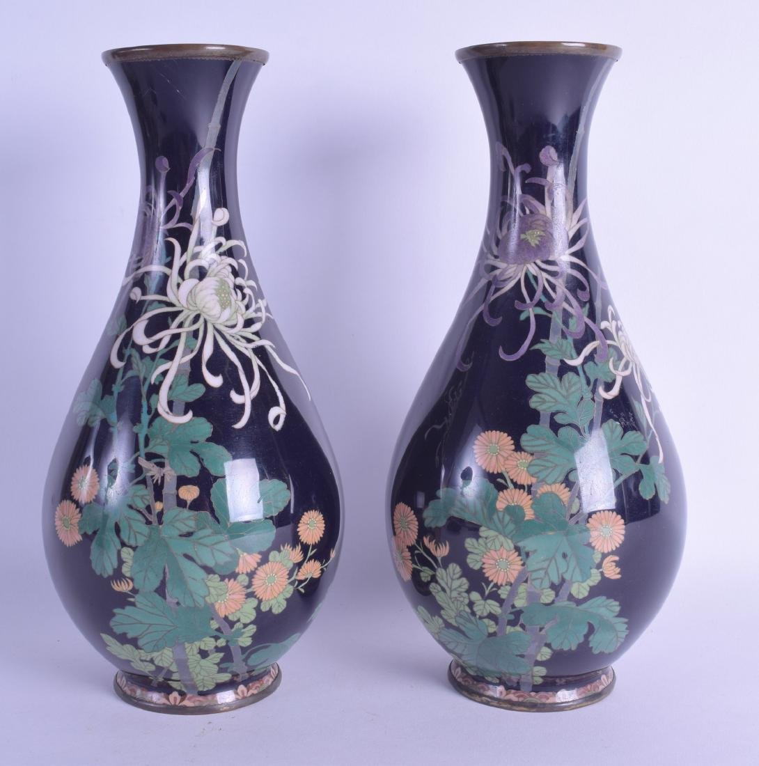 A GOOD PAIR OF EARLY 20TH CENTURY JAPANESE MEIJI PERIOD