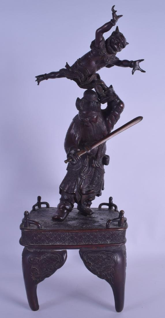 A LARGE 19TH CENTURY JAPANESE MEIJI PERIOD BRONZE