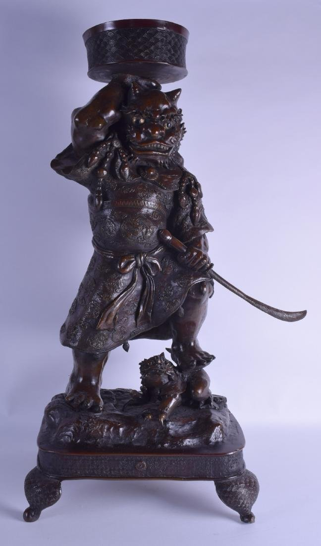 A VERY LARGE 19TH CENTURY JAPANESE MEIJI PERIOD BRONZE