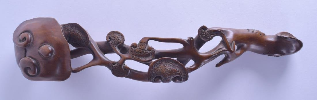 A LARGE CHINESE CARVED HARDWOOD RUI SCEPTRE of