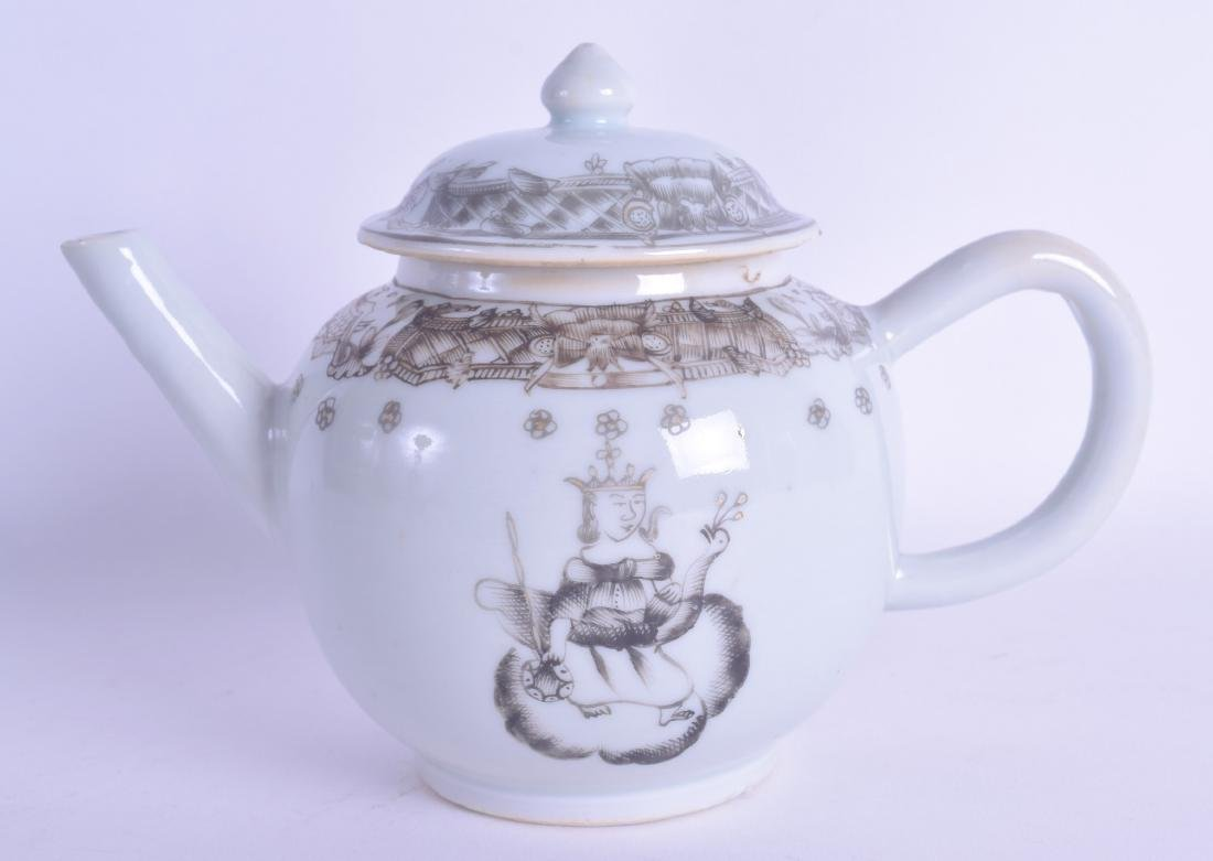 A GOOD 18TH CENTURY CHINESE EXPORT EN GRISAILLE TEAPOT