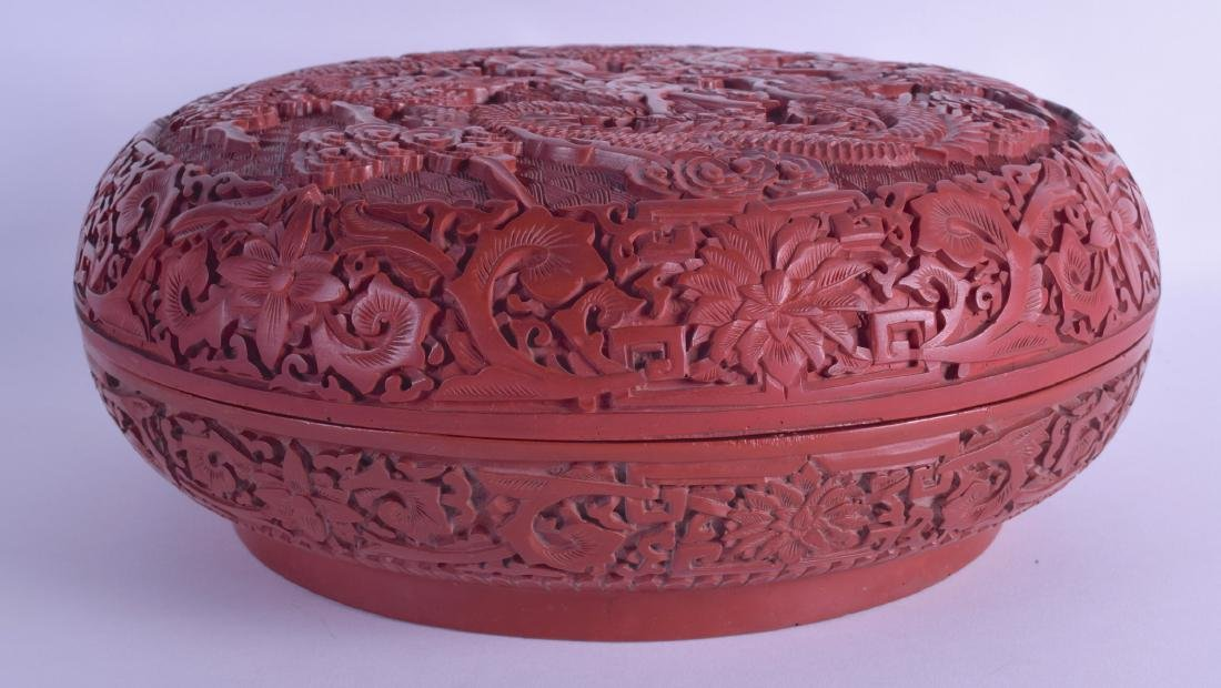 A FINE LARGE CHINESE CARVED CINNABAR LACQUER BOX AND - 2