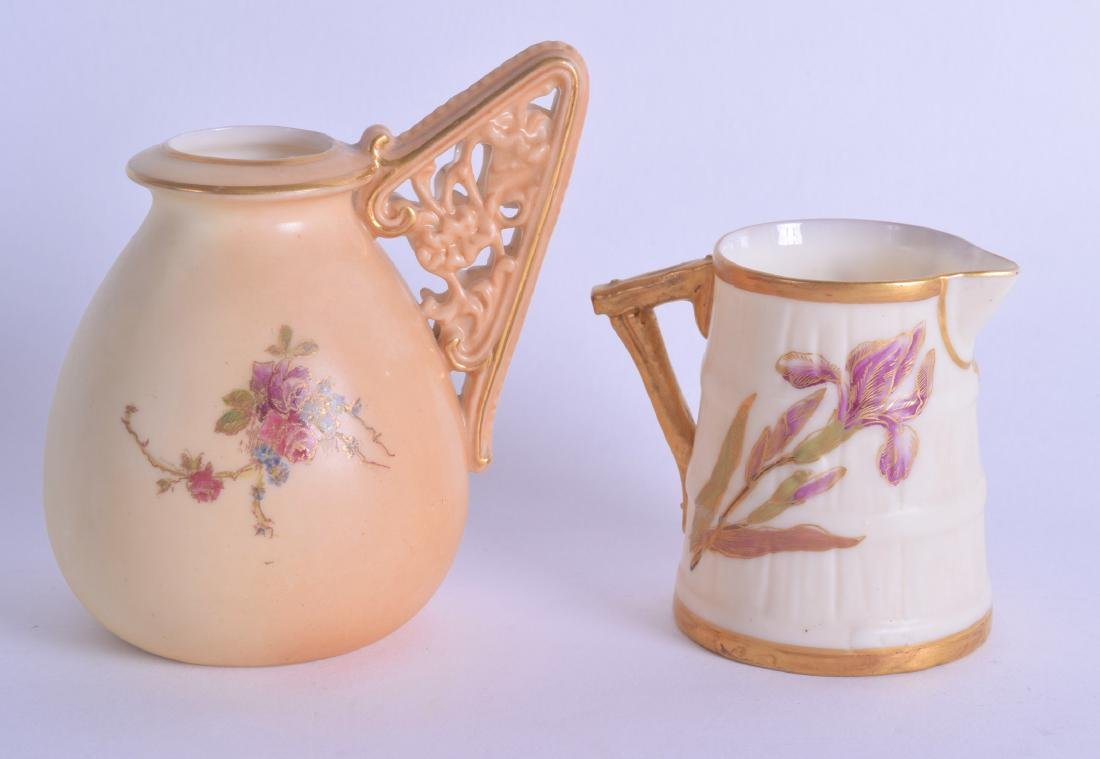 TWO ROYAL WORCESTER BLUSH IVORY AESTHETIC MOVEMENT JUGS - 2
