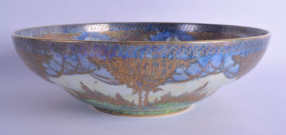 A LARGE AND UNUSUAL ROYAL WORCESTER CROWN WARE LUSTRE - 2