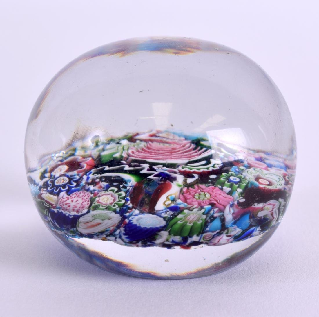 A 19TH CENTURY FRENCH CLICHY SCRAMBLE PAPERWEIGHT - 2