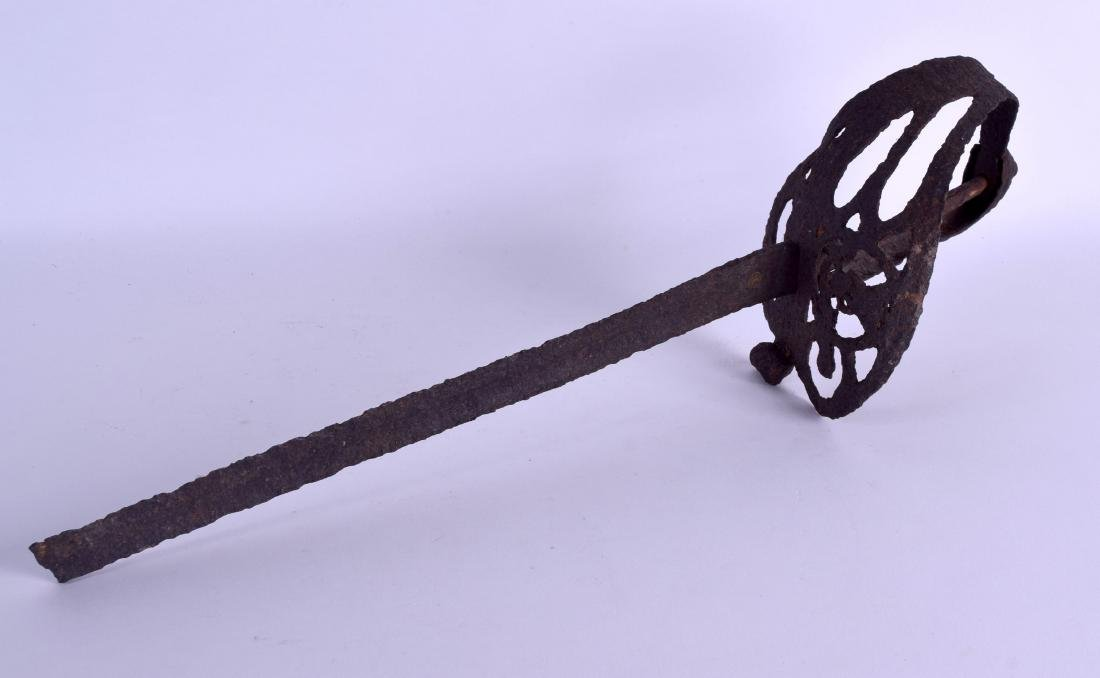 AN 18TH/19TH CENTURY CONTINENTAL OPEN WORK SWORD with