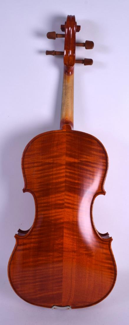 A MODERN GEAR 4 MUSIC DELUXE VIOLA within a fitted - 4
