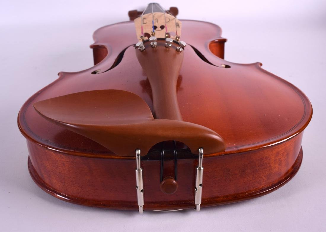 A MODERN GEAR 4 MUSIC DELUXE VIOLA within a fitted - 6