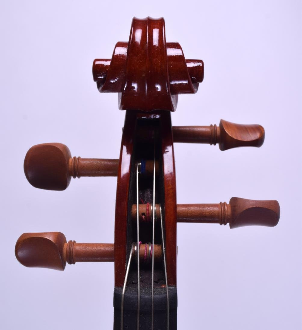 A MODERN GEAR 4 MUSIC DELUXE VIOLA within a fitted - 8