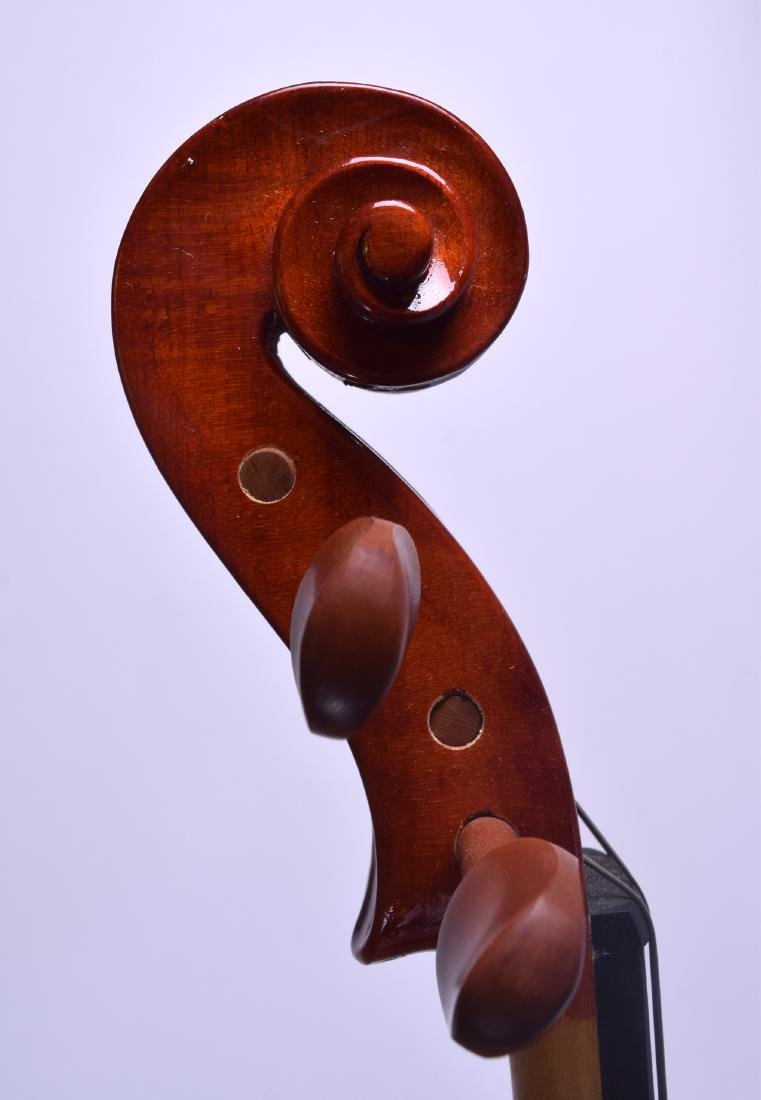 A MODERN GEAR 4 MUSIC DELUXE VIOLA within a fitted - 9